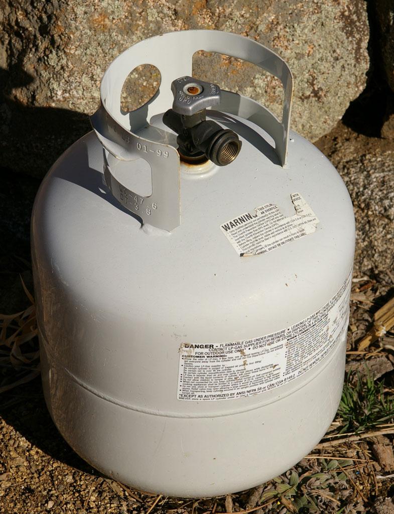 20lb propane tank