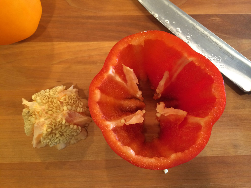 Remove seed pod from pepper