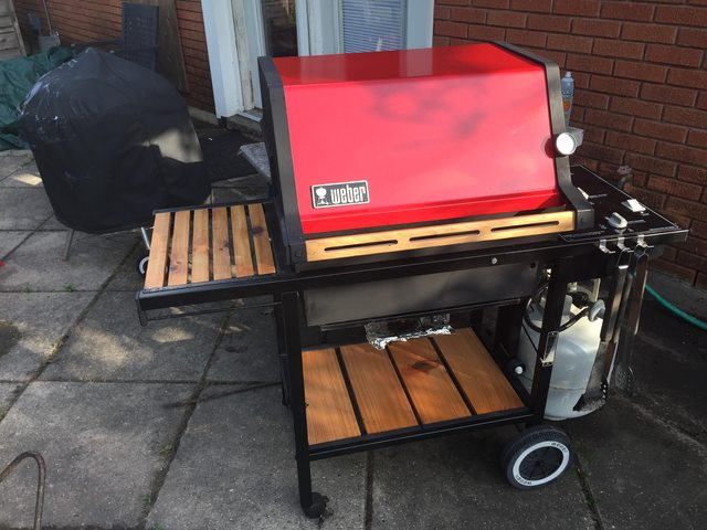 Weber Genesis 1100 redhead after restoration