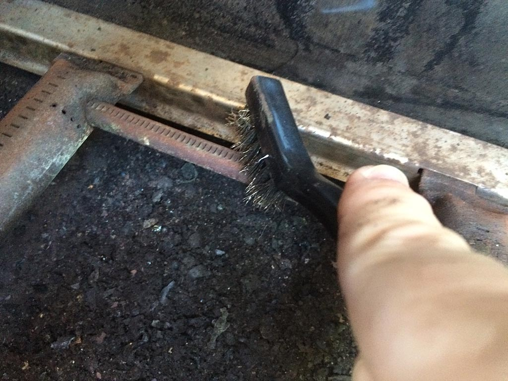 Cleaning the Crossover tube