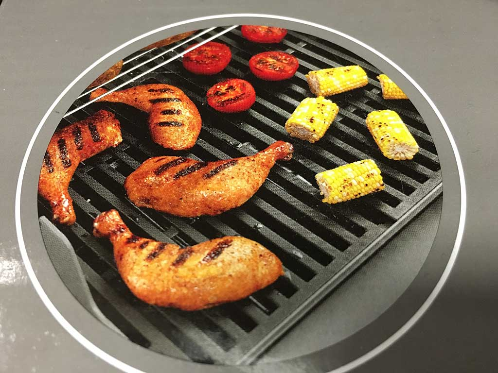 Cast iron grill grates in correct orientation