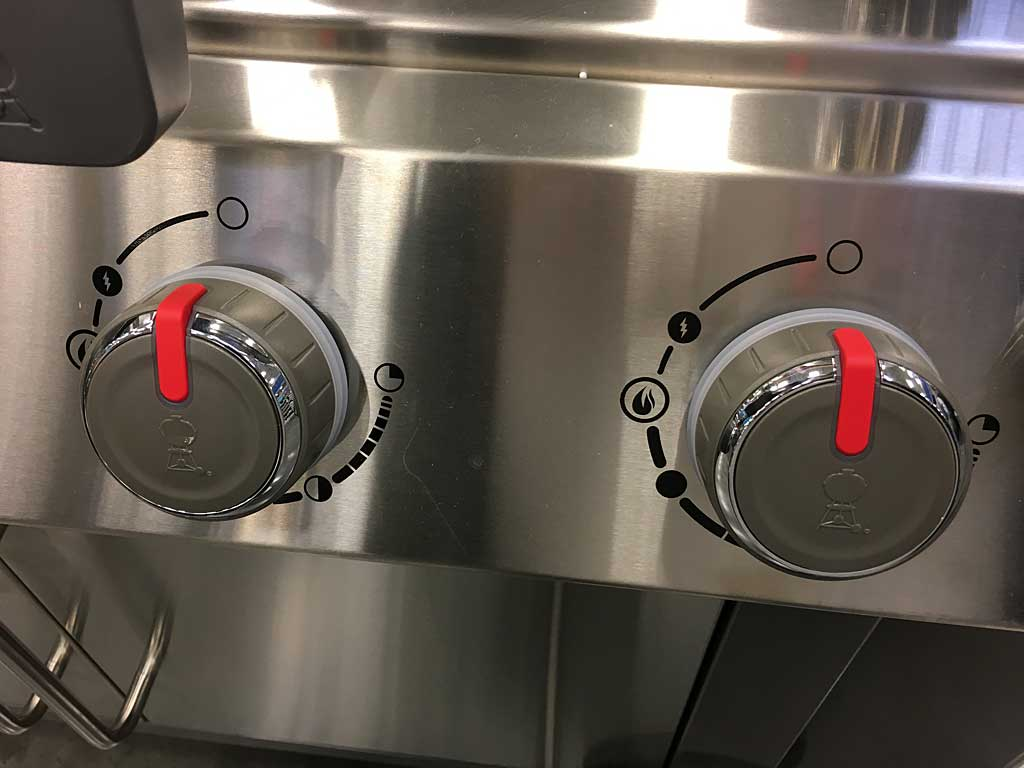 "Control knobs in normal state. Note the ""High+"" burner position (the flame in the open circle icon)."